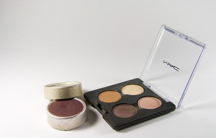 make-up-1984115_1920