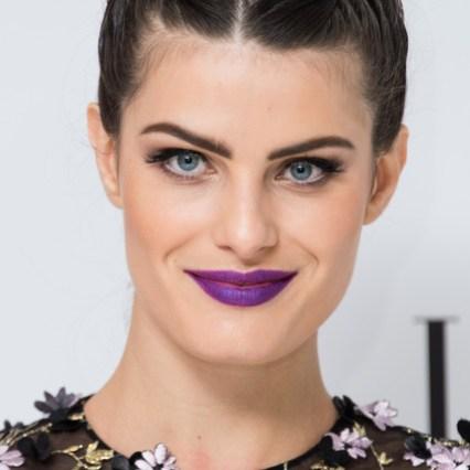 Isabeli Fontana labbra viola