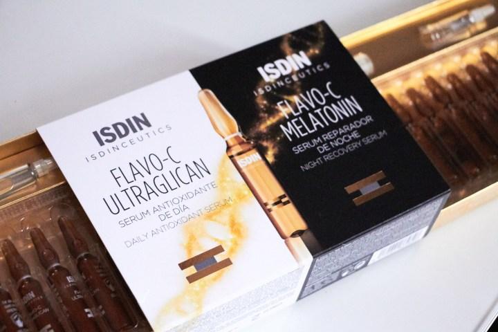 Isdinceutics Flavo-C Melatonin e Ultraglican, fiale Day&Night per una pelle perfetta
