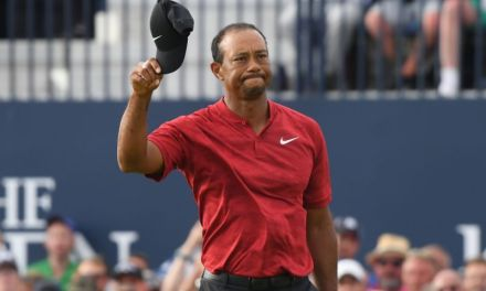How Tiger Woods Keeps Knocking on the Door