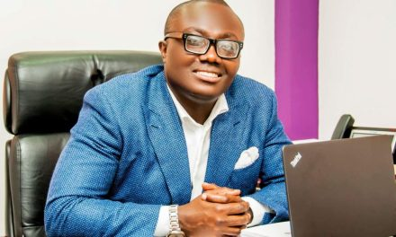 Bola Ray to play golf after meeting with West Africa's No. One Golfer
