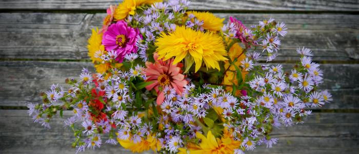 organic flower bouquet
