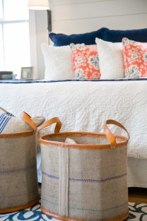 photo of end of bed baskets