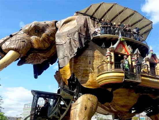 elephant machine nantes