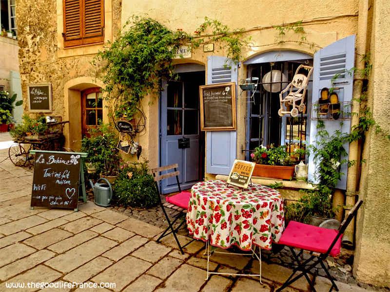 cotignac cafe