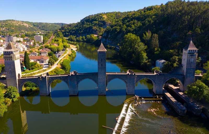 Stone bridge with tall towers in Cahors