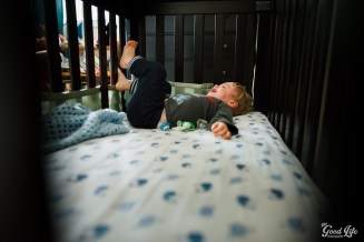 Newborn and Sibling Photography by Virginia Greuloch of The Good Life Photography in Cleveland Ohio-15