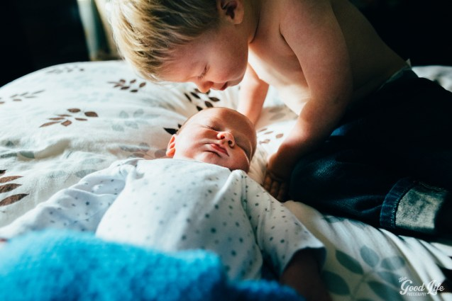 Newborn and Sibling Photography by Virginia Greuloch of The Good Life Photography in Cleveland Ohio-33