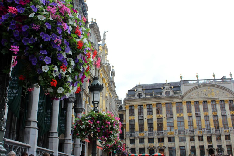 Flowers on the Grand Place - A road trip through Germany, and other ways to pass the time (Part 2): Brussels and Nieuwpoort