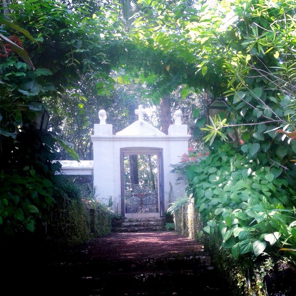 Canio's House gate - An off-the-beaten-path Goan holiday