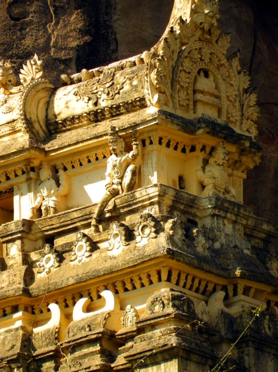 Hampi_Hanumanahalli_HillTemple - Magical sights of Hampi