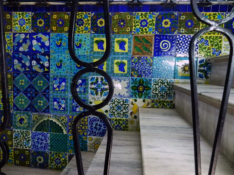 Jaipur - Blue pottery tiles - Eight great reasons why you should visit Rajasthan, 'land of kings'