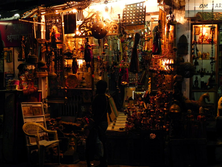 Udaipur - Souvenir shop at night