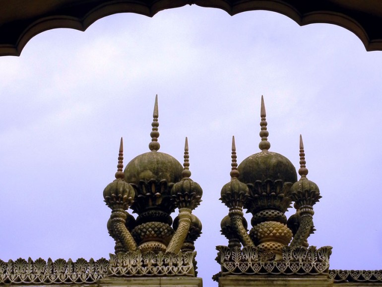 Paigah Tombs - Two minarets close-up