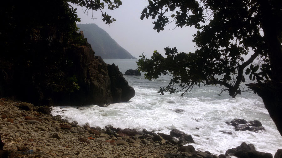 Agonda - Cabo de Rama - Rocky cove 2 - perfect base for a Goa trip