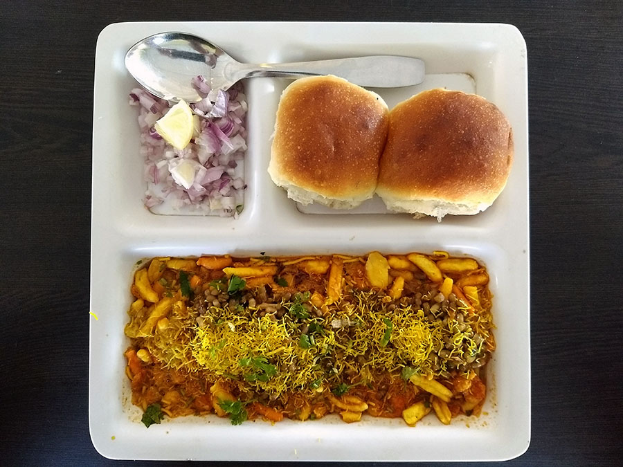 Misal pav - mixed snacks with spicy gravy and bread - Maharashtra - vegetarian dishes from India