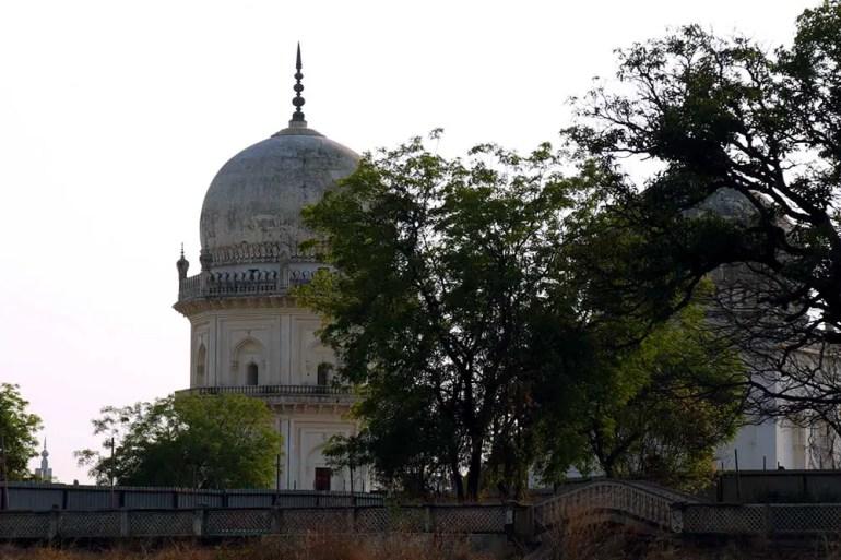 tombs of jamsheed quli qutb shah and sultan quli qutb shah, qutb shahi tombs, hyderabad, india
