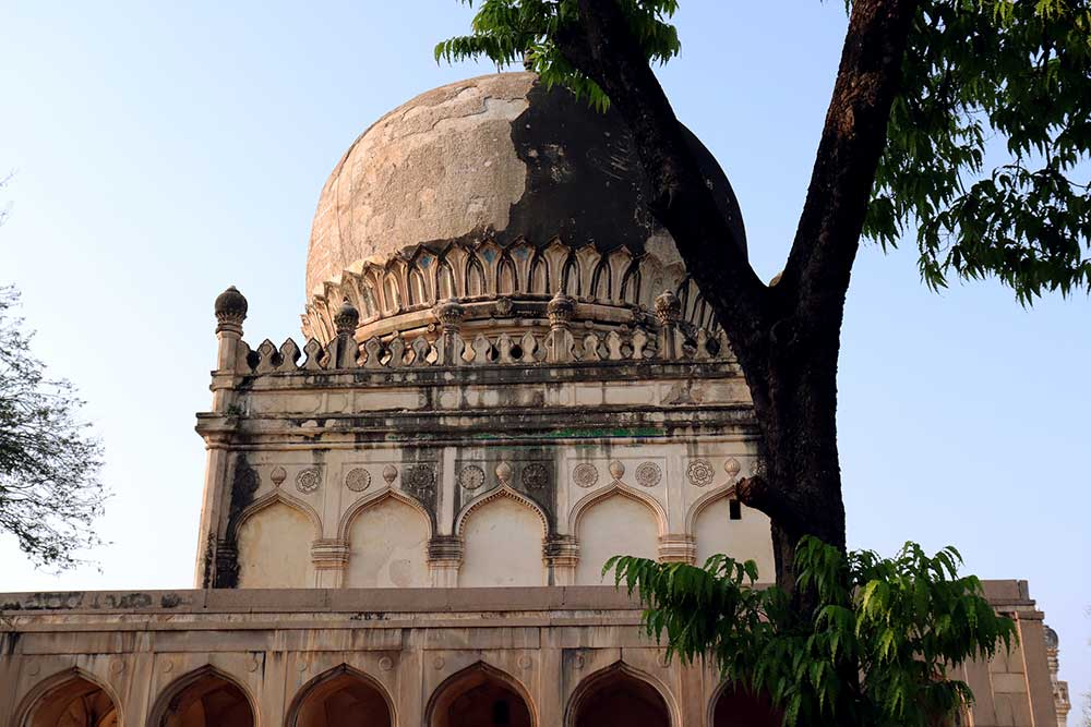 tomb of sultan muhammad qutb shah, qutb shahi tombs, hyderabad, india