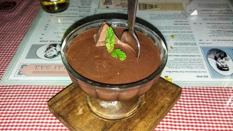 chocolate mousse at SodaBottleOpenerWala, Hyderabad, India - Great restaurants for vegetarians in Hyderabad