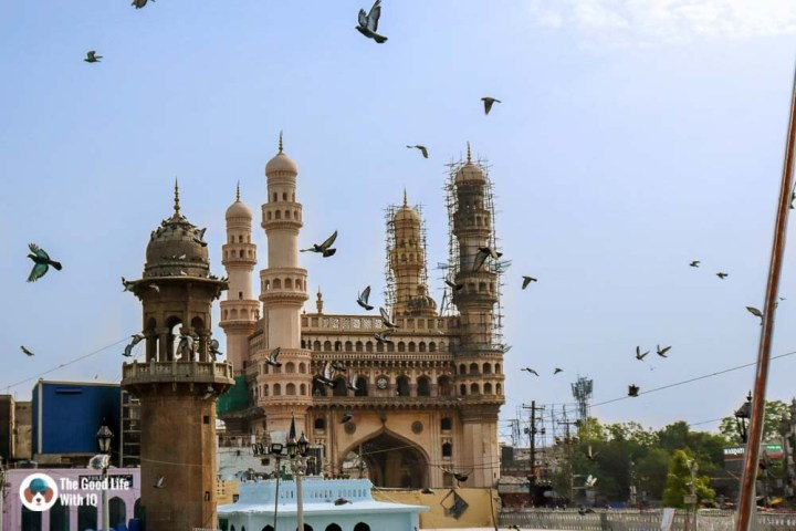 The best time to visit Charminar: Early morning