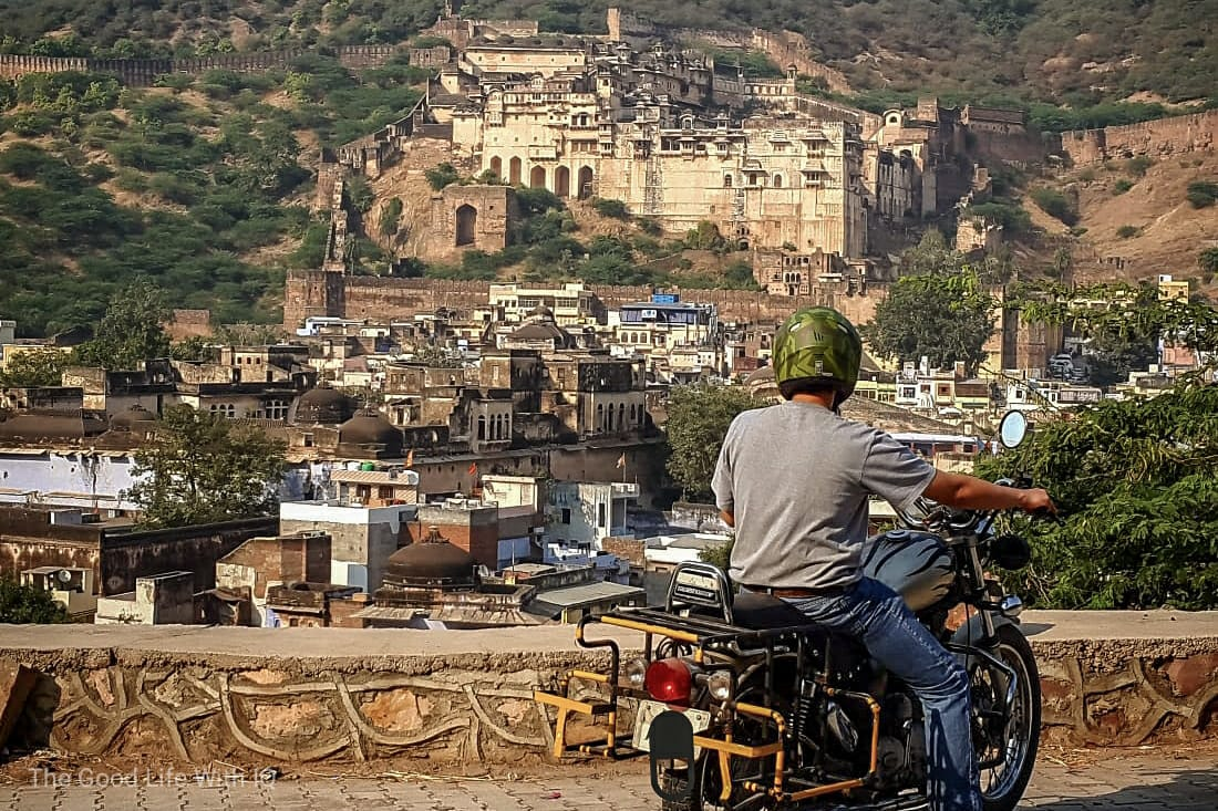 bundi palace and bike - nominated for the sunshine blogger award
