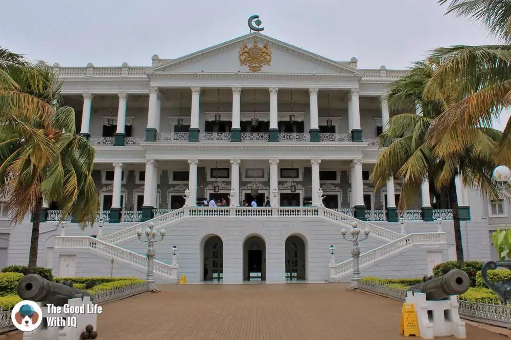 Falaknuma palace - Hyderabad itinerary