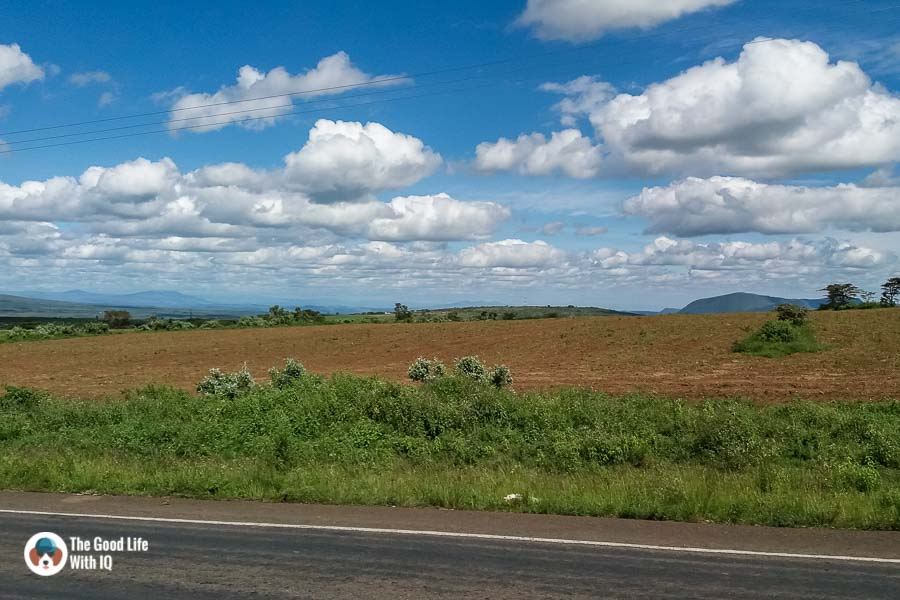 Kenya safari - Masai Mara - Nairobi highway