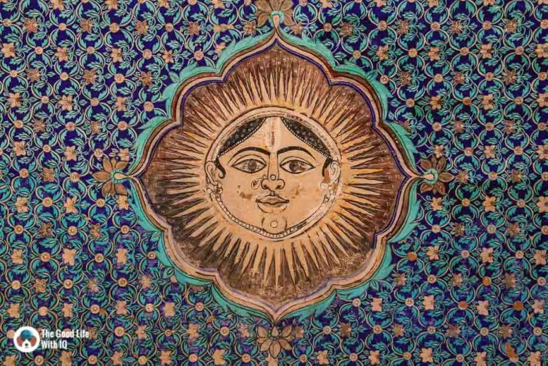 Sun mural on ceiling, Chitrashala, Garh Palace, Bundi