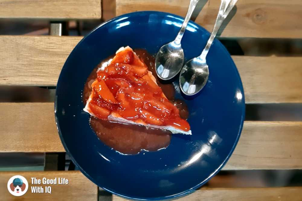 Seasonal fruit cheesecake - Zza Bar
