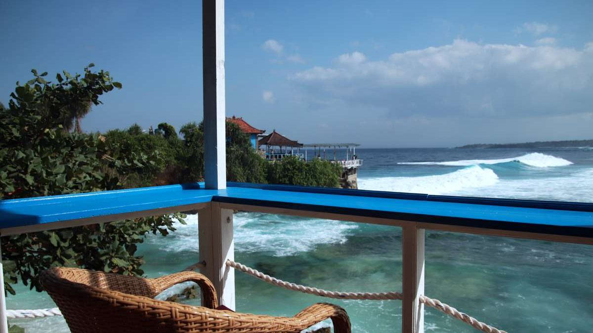 Bali diaries: Peace and crashing waves on Nusa Ceningan