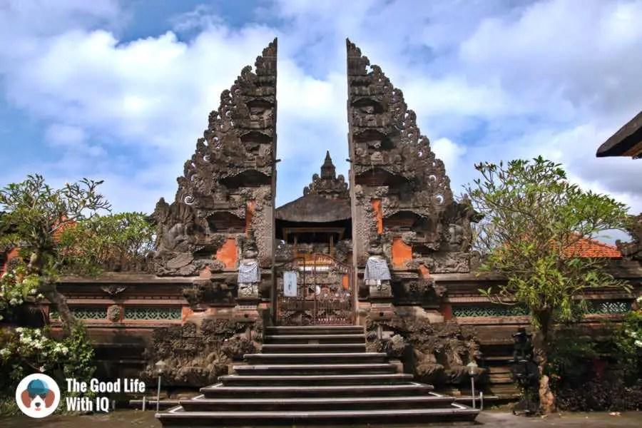 Temple, Jalan Suweta - Three days in Ubud, Bali