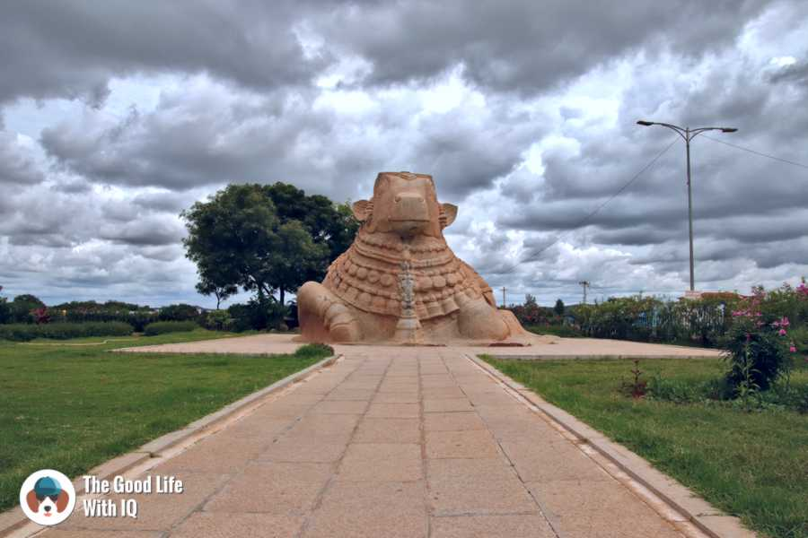 Nandi statue - Day trip to Lepakshi