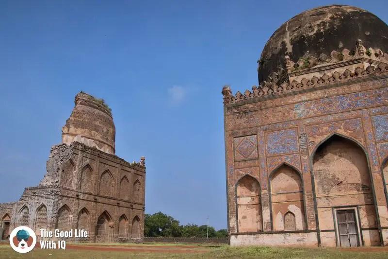 broken tomb - Hyderabad to Bidar road trip