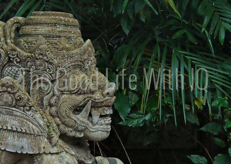 Gateway guardian statue in Bali