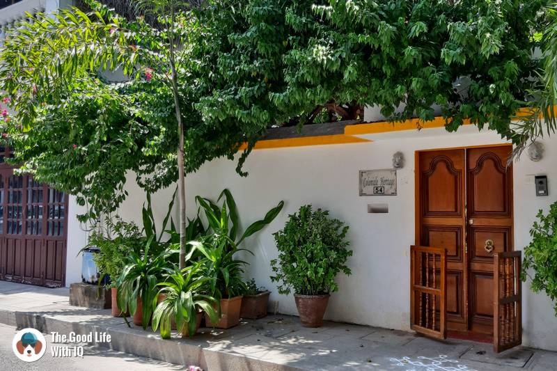 Pretty doors - 3 day trip to Pondicherry