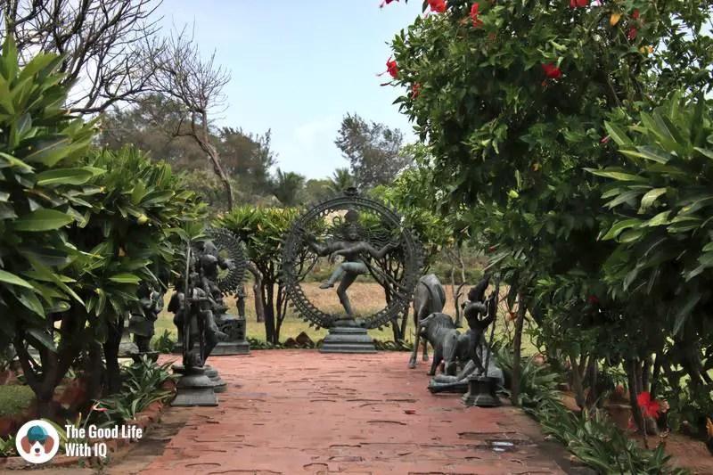 Gift shop entrance, Mahabalipuram - 3 day trip to Pondicherry