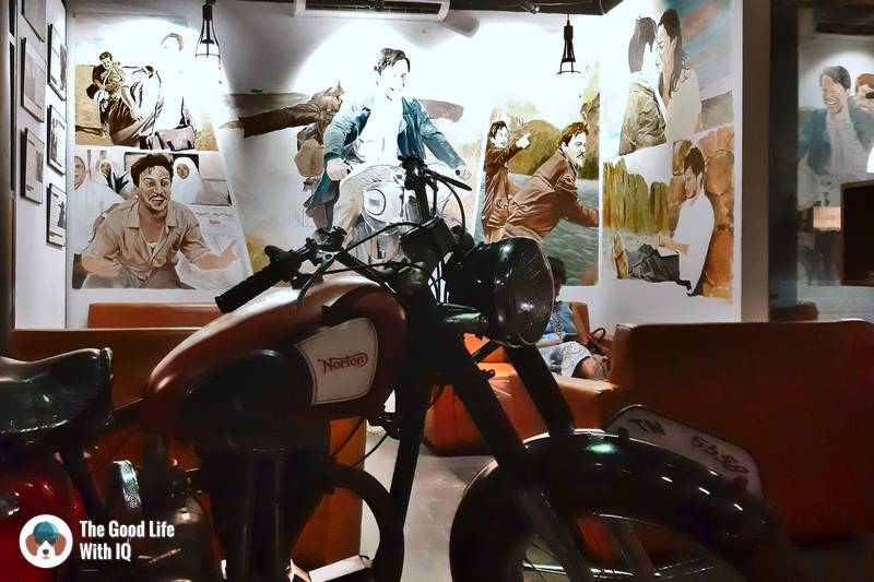 Motorcycle diaries cafe
