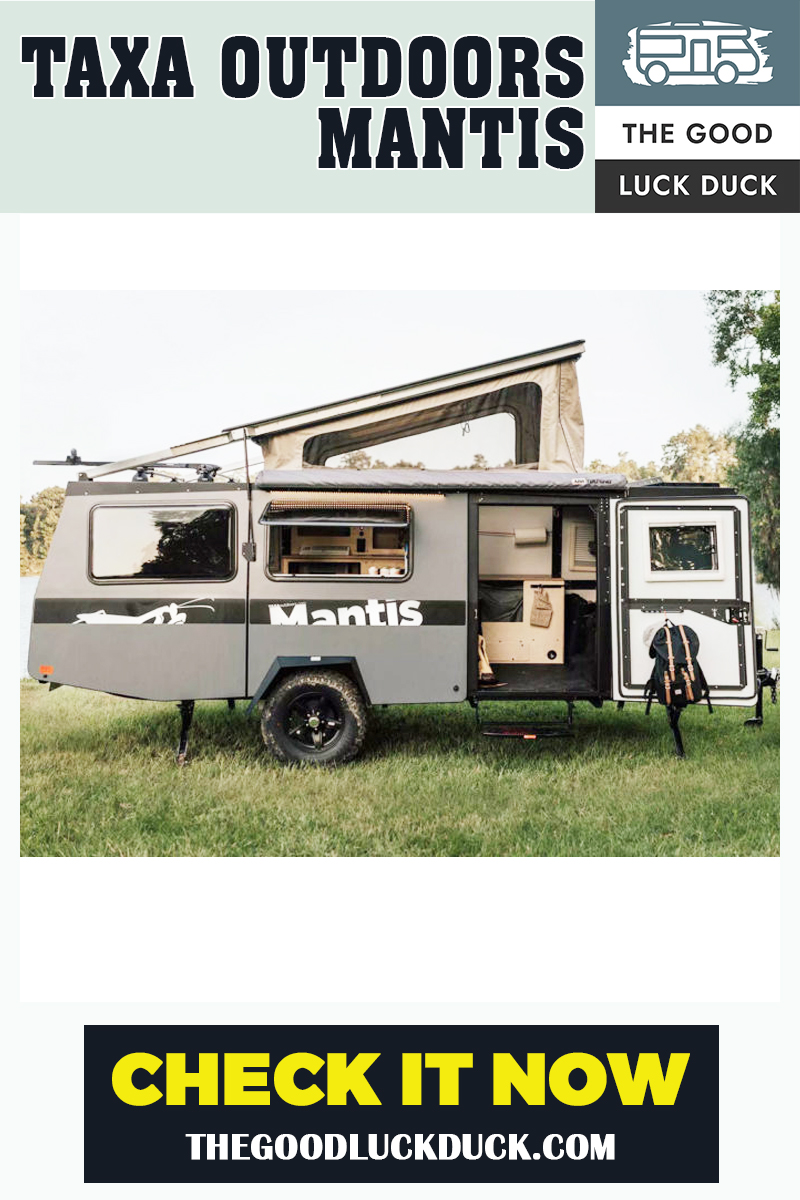 small luxury travel trailer