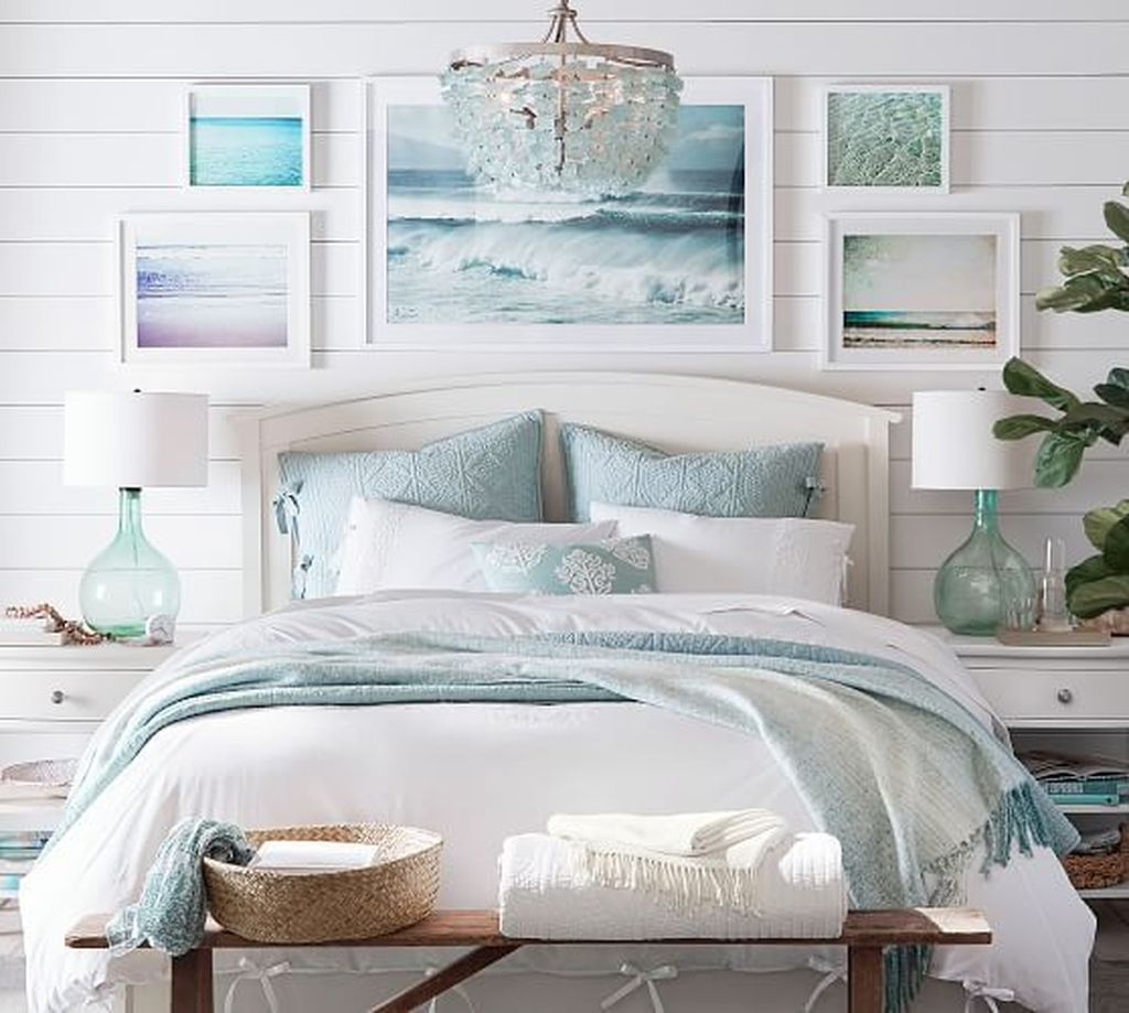 Coastal Bedroom Ideas (Elements of Coastal Decorating Style) - The Good  Luck Duck