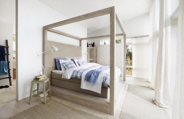 Mushroom Grey Hardwood Canopy Bed
