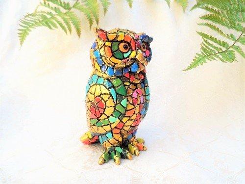 Ceramic owl symbol