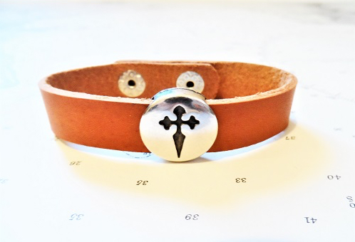 Safe travels bracelet