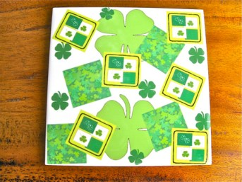 Wish house move luck with clover tile