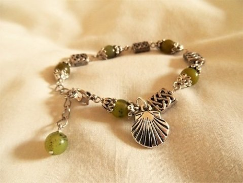 Charm bracelet to bring luck travelling