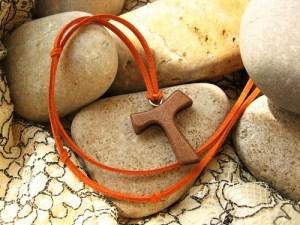 Gift for pilgrim at Christmas Tau
