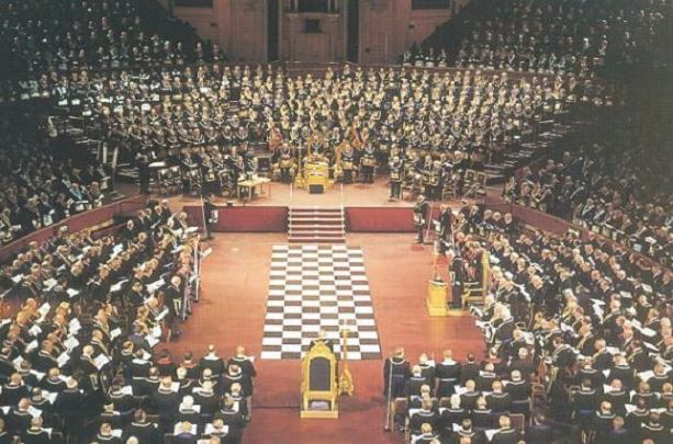 He shook EUROPE and revealed ISIS, PUTIN and MERKEL: Grand Master reveals who is in which Masonic lodge!