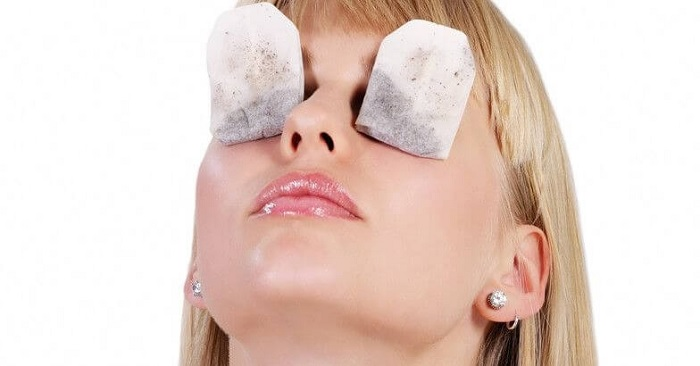 Chilled-Tea-Bags-For-Puffy-Eyes
