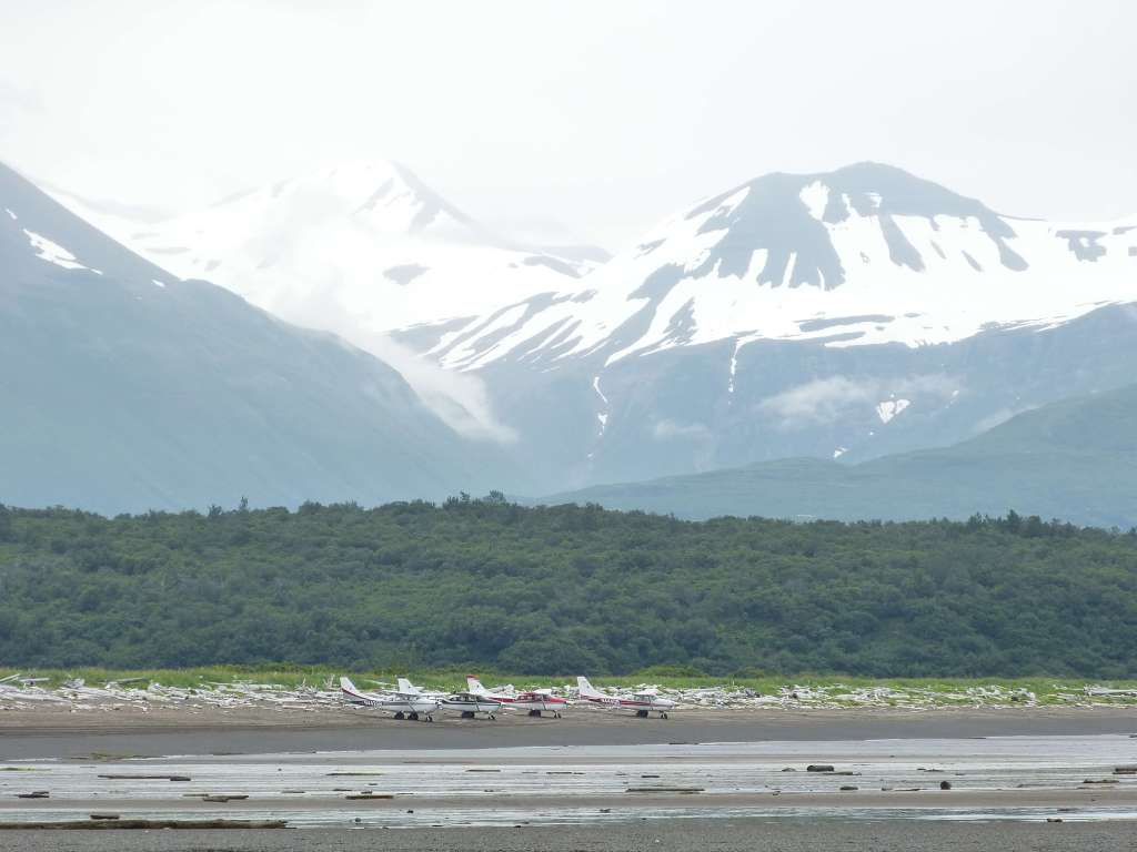 planes mountains katmai