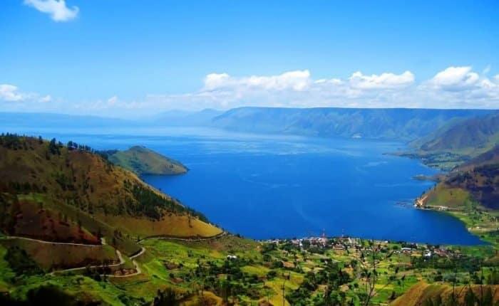 Gambar Pemandangan - Danau Toba Sumatera Utara
