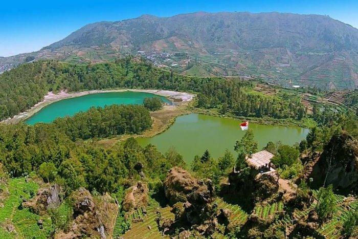 Gambar Pemandangan - Dieng Plateau Jawa Tengah